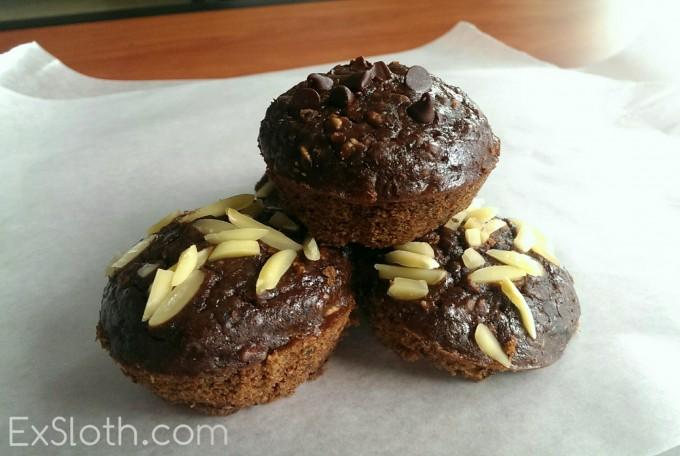 PB Black Bean Brownie Cups | @ExSloth