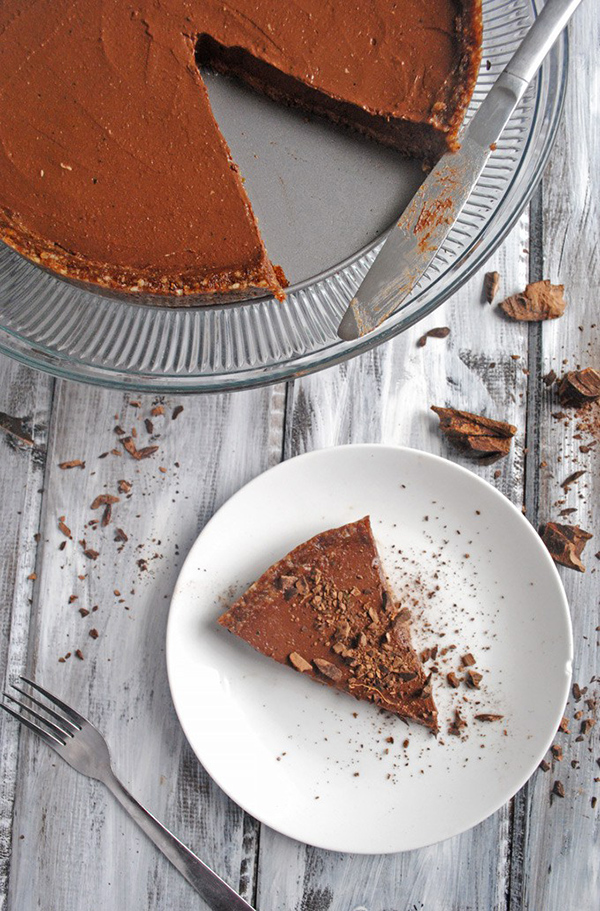 Chocolate Pudding Pie via Emilie Eats