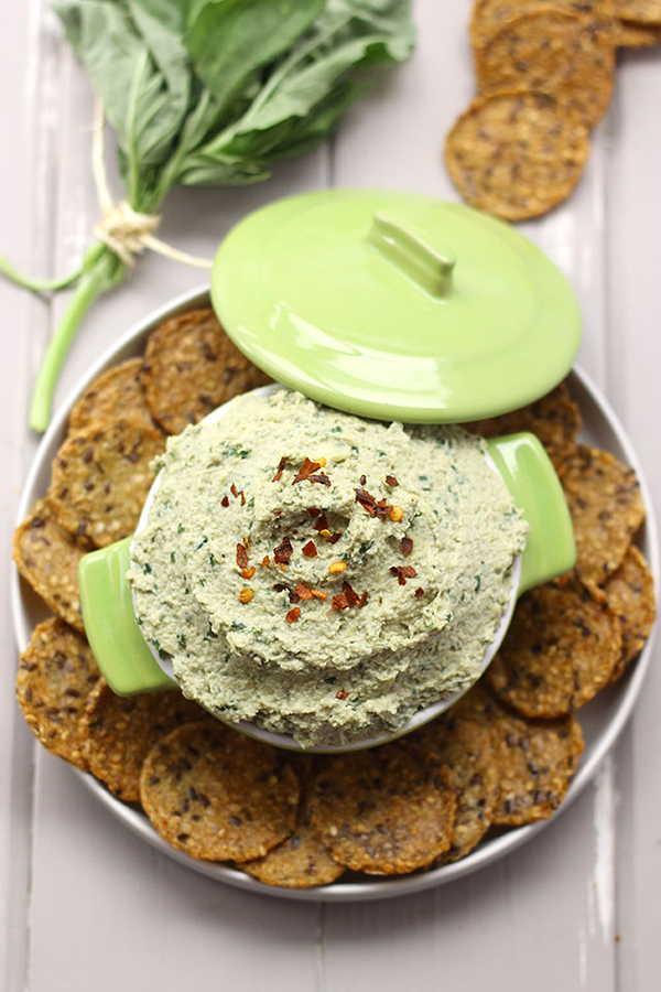 Vegan Basil and Artichoke Dip via The Healthy Maven
