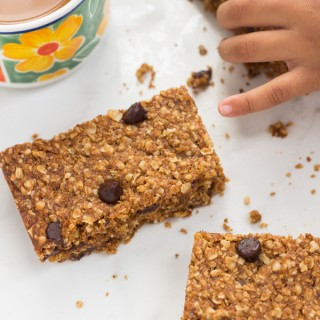 Vegan Oatmeal Chocolate Chip Bars