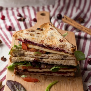 Crispy Pan Fried Tofu Sandwich with chai cranberry sauce