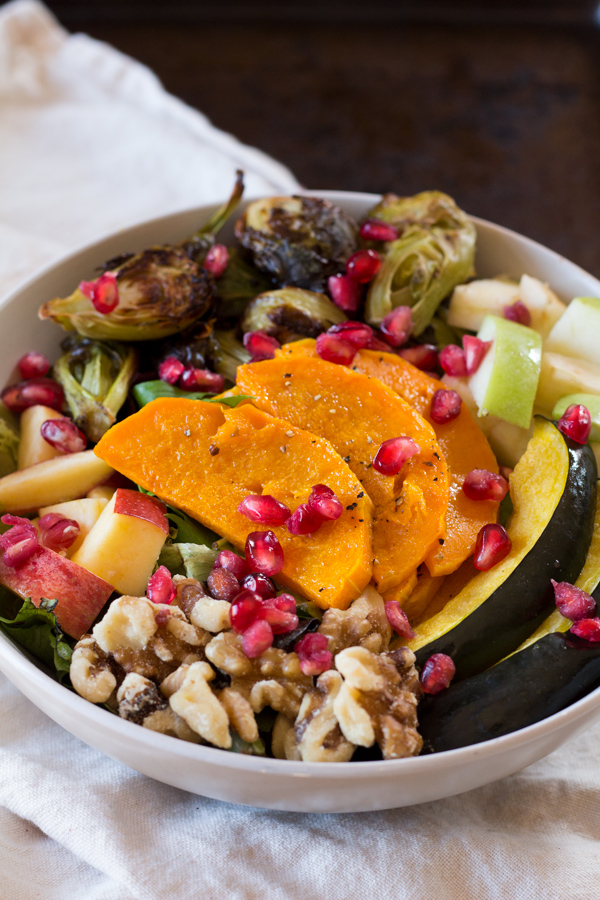 fall harvest salad with pomegranate vinaigrette (vegan, gluten-free, paleo) via ExSloth.com