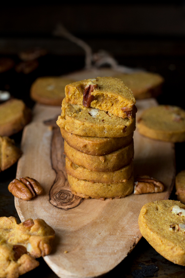 Pumpkin Pecan Vegan Shortbread Cookies made with coconut oil and spelt flour via ExSloth.com