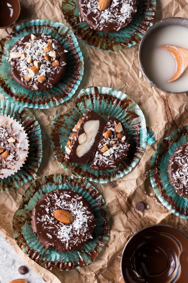 Easy 7 ingredient dark chocolate vegan almond joy cups (gluten free, paleo, dairy free, vegan) via ExSloth.com
