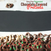 #DairyFree Peppermint Chocolate Covered Pretzels Recipe via @ExSloth | ExSloth.com