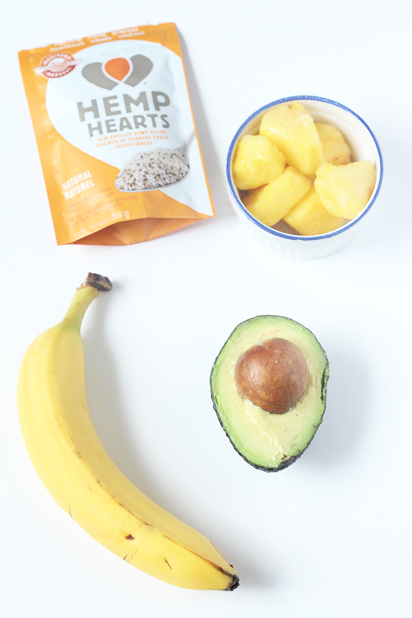 This smooth and creamy pina colada hemp smoothie doesn't have alcohol like it's namesake, but it's got avocados and Manitoba Harvest Hemp Hearts for some added healthy fats and protein. @ExSloth | ExSloth.com