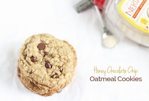 These decadent, soft and chewy Honey Chocolate Chip Oatmeal Cookies are also dairy free and refined sugar free, thanks to Nektar Naturals Honey Crystals via @ExSloth | ExSloth.com